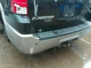 Rear Bumper With Park Assist Smooth Painted Fits 03 06 Expedition 96071