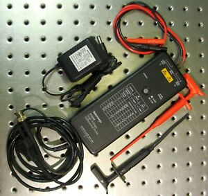 Tektronix P5200 High Voltage Differential Probe With Mueller Test Leads
