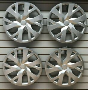 New 2018 2019 Toyota Yaris 15 Silver Hubcap Wheelcover Set