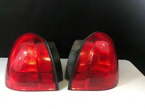 2003 2011 Lincoln Town Car Rear Tail Lights Left Right Side