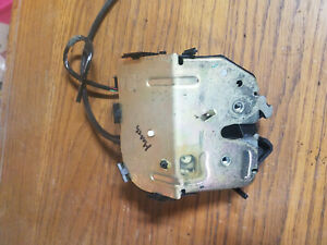 Ford Focus Wagon Trunk Latch 2001 2007 Back Tailgate Lock Actuator Oem