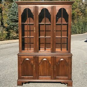 Solid Cherry Pennsylvania House American Traditional 2 Piece China Cabinet