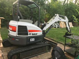 2014 35hp E35 Bobcat Excavator Zts Zero Turn Swing Clamp Lights Radio
