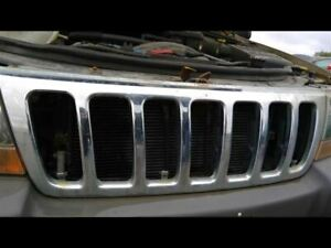 Grille Chrome Fits 99 03 Grand Cherokee 102448