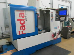 Fadal Vmc 2216 39 x 16 table 10k Ct40 Spindle Cnc Vert Machining Center New 04