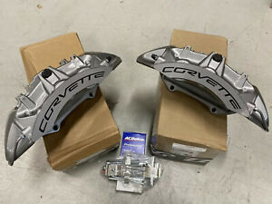 New Gm Oem Brembo 2009 13 Chevy Corvette Zr1 Front 6 Piston Brake Calipers Pin