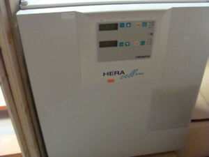 Hera Cell 240 Co2 Incubator W Copper Trays