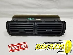 1995 2004 Ford Ranger Explorer Mountaineer Center Dash Heater Radio Bezel Vent