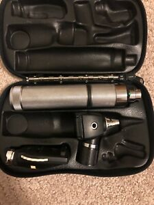 Welch Allyn 3 5v Otoscope Ophthalmoscope Diagnostic Set 71050 c Excellent Shape