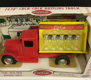 COCA COLA 1930'S DELIVERY TRUCK WITH MINI BOTTLES In Box