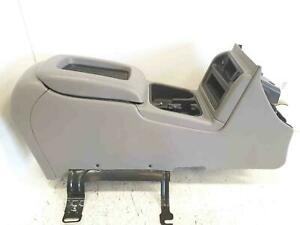 Front Console Floor Mount Chevy Tahoe 2003 Used Oem