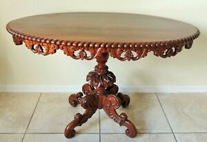 Beautiful Large Antique Vtg 43 Solid Mahogany Heavily Carved Oval Accent Table