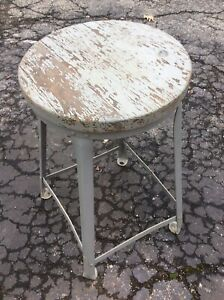 Vintage 24 Wood Metal Stool 12 5 X 1 Thick Round Wood Seat Good