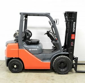 Nice Toyota 5000 Lb Lpg Pneumatic Forklift Side Shift 8fgu25 Air Tires
