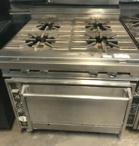 Jade Range 4 Burner With Convection Oven