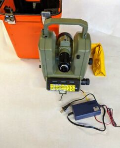 Theomat Wild T2000s Leica Electronic Precision Theodolite Wild Heerbrugg