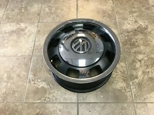 Oem Volkswagen Beetle 17 Wheel 5c0601025g Nicks Scratches