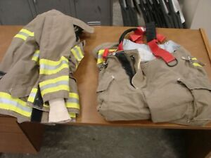 Quaker Safety Bunker Gear Set