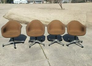 Lot Of 4 Herman Miller Eames Fabric Fiberglass Shell Rolling Arm Chairs Brown