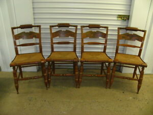4 Antique Ethan Allen American Eagle Printed Back Pattern Hitchcock Chairs