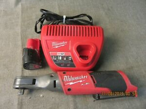 Milwaukee 2557 20 12v 3 8 Ratchet W Battery Charger