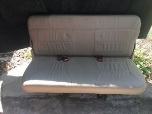 2002 Lincoln Navigator 3rd Row Tan Leather Bench Seat