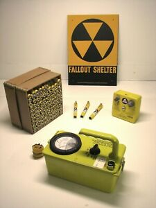Geiger Counter Kit Cdv 715 W New Shelter Sign And Dosimeters Excellent Shape