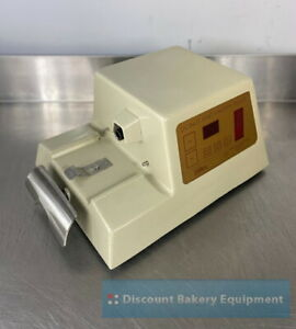 Dawn Donut Pastry Filler Includes 1 Hopper W Spouts Used sn 980265