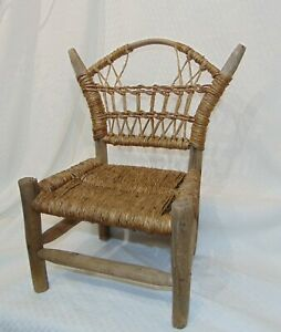 Primitive Hand Twisted Bulrush Cattail Leaf Rush Hand Carved Bentwood Chair