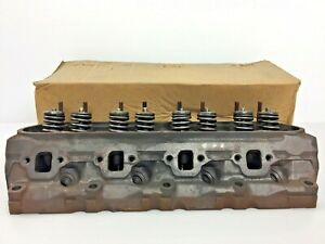 1977 Ford 351 W Cylinder Head Ford D7oe D8oe 351 Windsor