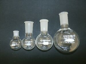 Set Of 4 Lab Glass Round Bottom Flasks Vwr Pyrex Chemglass 25 50 100 250ml