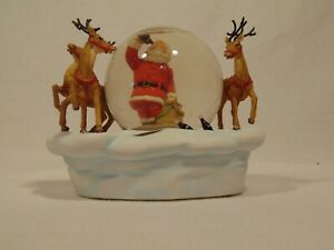 Coca Cola Heritage Collection Snow Globe with Santa, reindeer. Musical. GUC