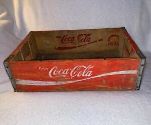 Vintage 1973 Red Coca Cola Wood Crate Decor (#72) Chattanooga Advertising Soda