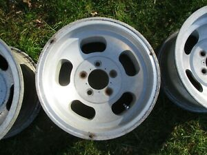 14 X 7 Slotted Mag Wheel Old School Slot Vintage 5 X 4 5 Ford Mopar Ansen 19