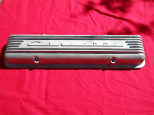 Early Corvette Small Block V 8 Valve Covers With Staggered Bolt Pattern Single