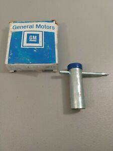 Gm 1630012 New Oem Wire Wheel Cap Wrench Blue Code Qty 1