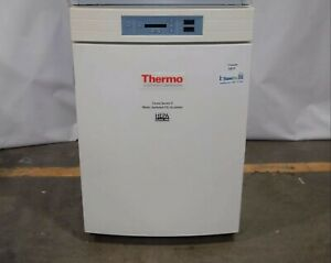 Thermo Electron Corp Forma Series Ii Water jacketed Co2 Incubator 3110
