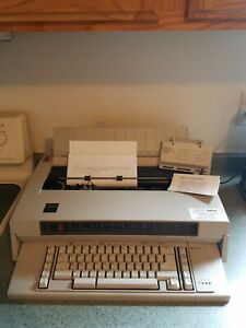 Ibm Selectric System 2000 Wheelwriter 3 Typewriter With Instructions Paper Guide