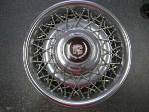 One 1 1986 1992 Cadillac Fleetwood Brougham Wire Wheel Cover 2049a