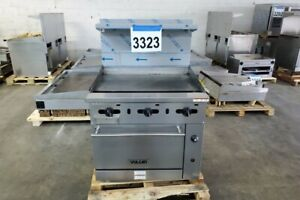 3323 Lightly Used Vulcan 36 Range With 36 Manual Griddle Oven Model 36s 36gp