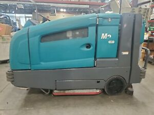 Tennant M20 Ride On Sweeper Scrubber Lp Propane 1304hrs