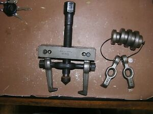 Snap On Gear Bearing Puller Cj86 1 W 2 Sets Of Jaws 4 Centering Plates Free Ship