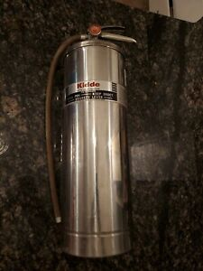 Vintage Kiddie 2 1 2 Gallon Water Pressurized Silver Fire Extinguisher Wpsw 1968