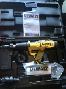 New Dewalt Dfd270mk Fully Automatic 27 Caliber Powder Actuated Tool With Case