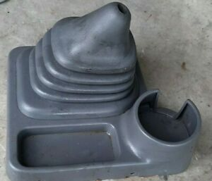 98 04 Nissan Xterra Center Console Gray Manual Shifter Boot Trim Cup Holder