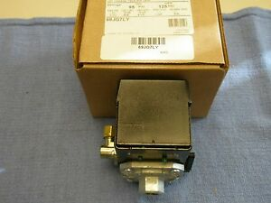 Furnas hubbell 69jg7ly Air Compressor Pressure Switch 95 125psi Old 69mc7ly