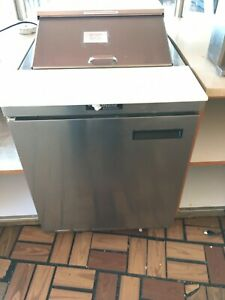 Delfield 1 Dr Refrigerated Topping Deli Sandwich Prep Table Immaculate