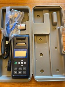 11434 Vwr 23609 226 Humidity Meter Traceable In Case