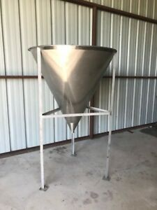 Stainless Steel Cone Tank Powder Hopper 125 Gallons 16 Cubic Feet
