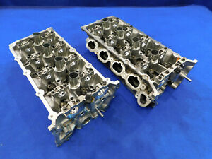 11 2011 Ford Mustang Gt 5 0l Oem Stock Cylinder Head Pair Of Heads B99